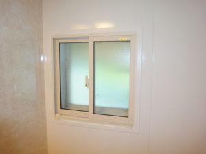内窓で、あたたかい浴室に