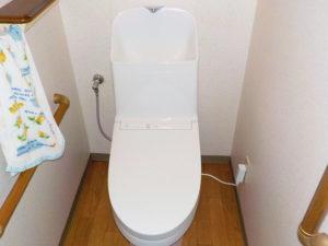 TOTOの最新モデルのトイレへ